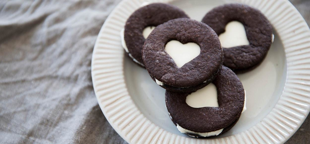 Cookies with cream cheese
